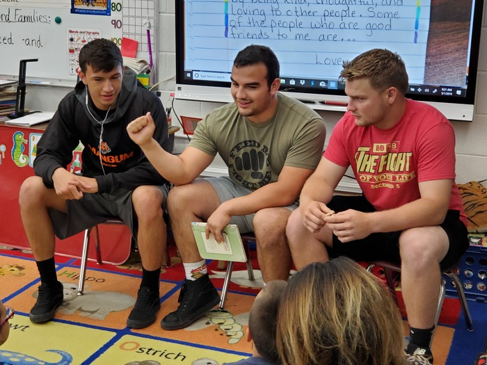 American Sign Language Class visits Edison