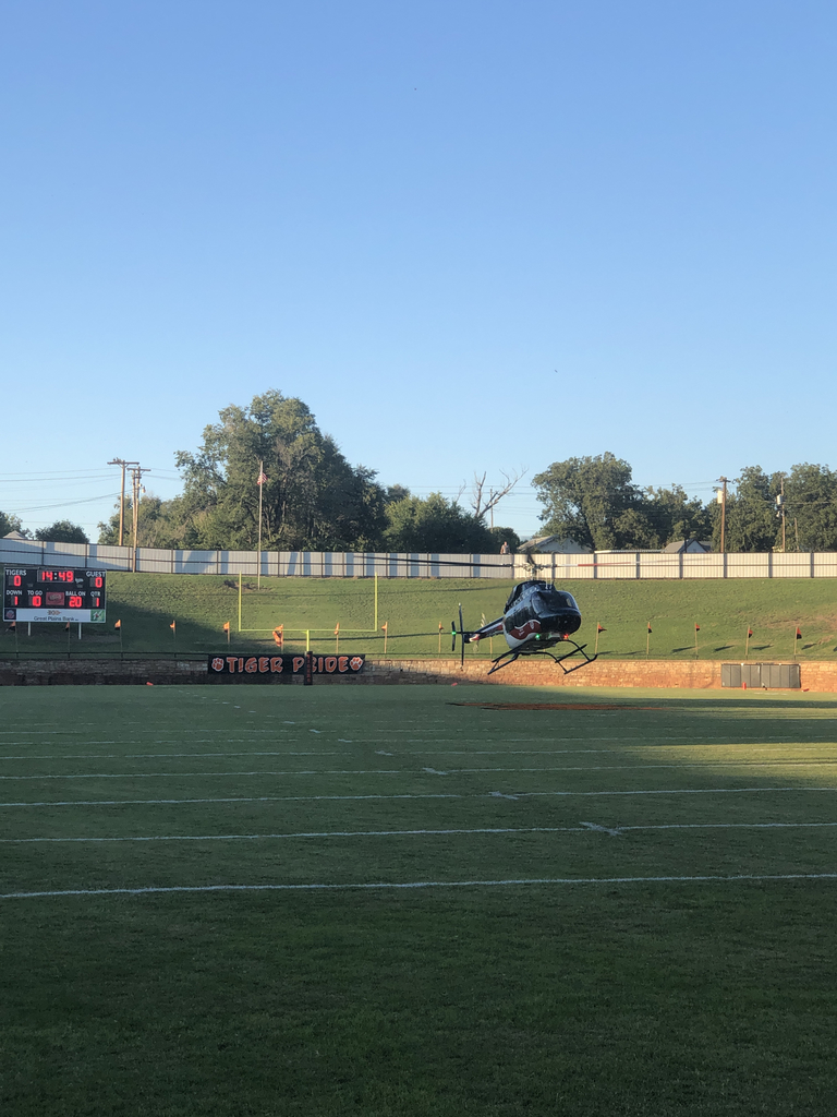 Game-ball arrives at Mangum